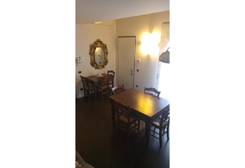 Villa Trifamiliare In vendita