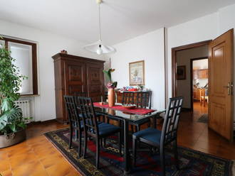 Villa bifamiliare In vendita